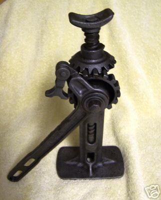 Jacks Used Cars >> MAFCA - Tools - Model T Jacks